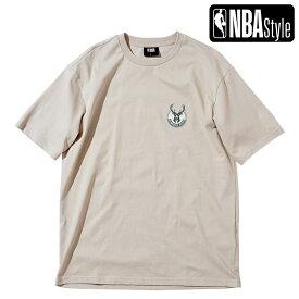 【NBA Style 2021 SS】 Milwaukee Bucks スモールサイズロゴ ルーズフィット Tシャツ