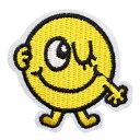 ワッペン 刺繍ワッペン アイロン接着 縦5.1cm×横5.2cm スマイル ウインク ニコちゃん アイロンワッペン 手芸【メール…