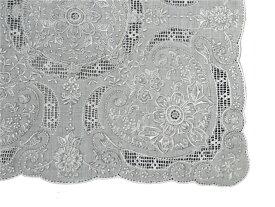 お出かけ用や飾り物、敷き物、ギフト用に!手刺繍の最高峰 スワトウ ハンカチ Good qualityG318