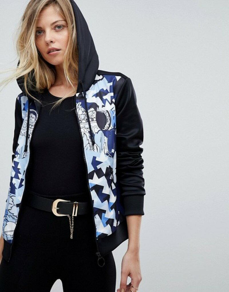 ヴェルサーチ レディース パーカー・スウェット アウター Versace Jeans Tracksuit Hoodie with Geometric Print Black