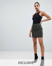 プリティリトルシング レディース スカート ボトムス PrettyLittleThing exclusive mini skirt in green leopard Khaki