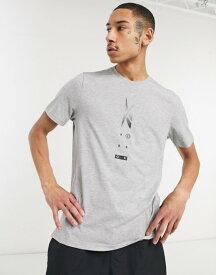 リーボック メンズ シャツ トップス Reebok Training Speedwick front print tech T-shirt in gray Grey