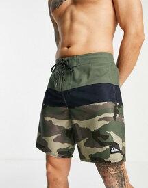 クイックシルバー メンズ ハーフパンツ・ショーツ ボトムス Quiksilver Surf Silk Panel 18 board shorts in green Thyme