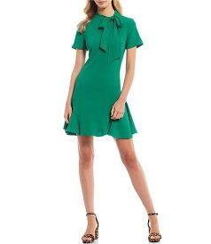 セセ レディース ワンピース トップス Short Sleeve Tie Neck A-Line Dress Lush Green