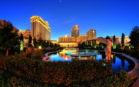 絵画風 壁紙ポスター (はがせるシール式) ラスベガスの夜景 カジノの都 ネバダ州 Las Vegas キャラクロ LVS-007W2 (ワイド版 603mm×376mm) 建築用壁紙+耐候性塗料 インテリア