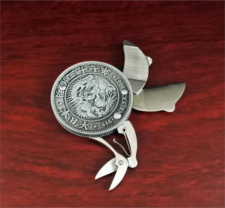 明治一圓銀貨レプリカ コインナイフ 硬貨型ツールナイフ 折りたたみ式