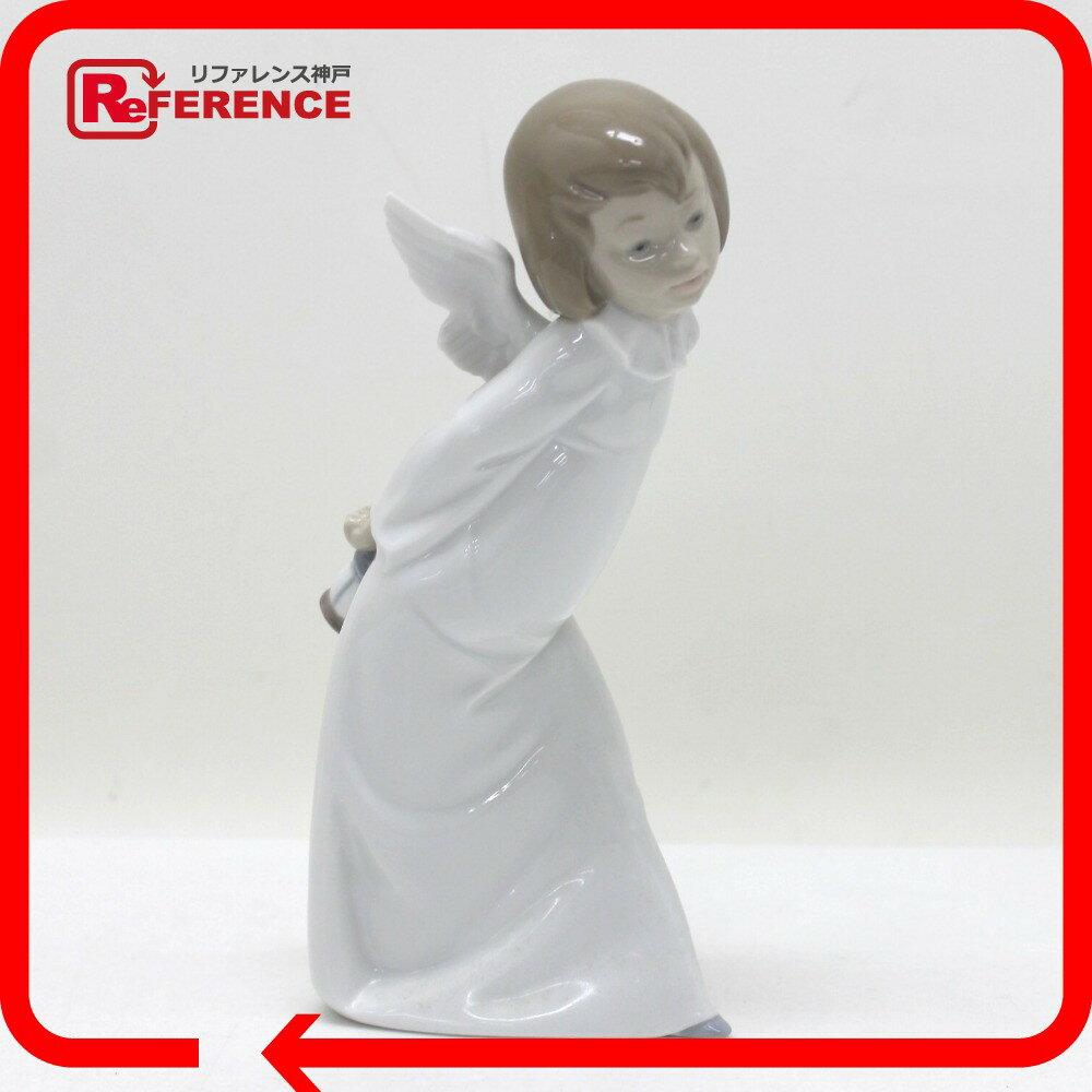 リヤドロ 01004960 置物 天使の考えごと わかってきたぞ CURIOUS ANGEL その他 磁器【中古】