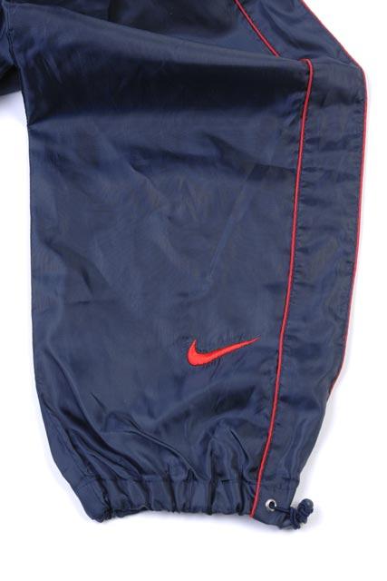スポーツウェアスウェット類 裾あげ(ファスナーカット、ゴム入り)(スピンドル付き)