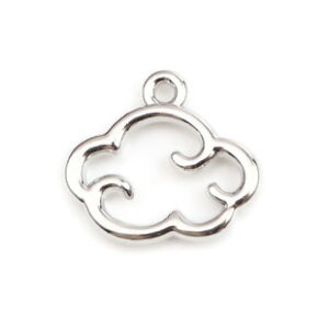 コネクターチャーム雲(2個入り)シルバーカラーのアクセサリーパーツ 雲型ネックレスブレスピアスパーツ15mm×14mm