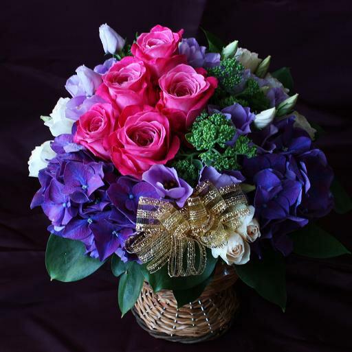 秋限定 生花 フラワーアレンジメント クラシックな雰囲気!パープルバラとアジサイのシックモダンアレンジメント 誕生日プレゼント 母 祖母 お花 ギフト お祝い 古稀 古希 喜寿 祝い 紫色 花 退職祝い 長寿祝い 賀寿祝い