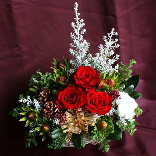 送料無料 シルバーツリーとバラのナチュラルアレンジメント【クリスマス特集】バラ 生花 フラワーアレンジメント クリスマスプレゼント 女性 彼女 誕生日 花 プレゼント 結婚祝い 結婚記念日 妻 フラワーアレンジメント 贈り物【12月1日以降のお届け】