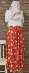 『merlot』〜すかっとした爽快さ☆レモンの総柄ワイドパンツ(春・初秋・夏)(朱色) レディース 女性 パンツ ボトムス ノーマル丈 10分丈 【merlot(メルロー)】 メルロー さらさら 果物