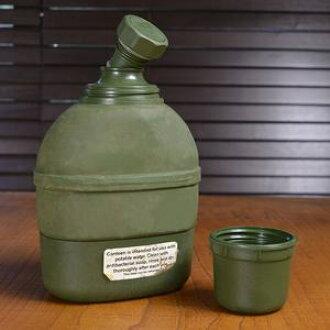 没有军队放出品水壶kyantin保暖瓶挪威军军处理品军出售品覆盖物的vintejiinteriasabage用品sabageguzzu