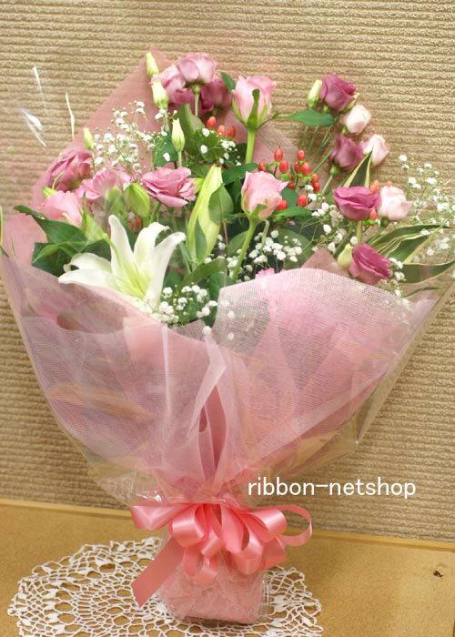 【8月限定】【送料無料】デザイナーにおまかせ♪トルコキキョウと季節のお花の花束(生花)(タテ長タイプ)色が選べます♪FL-8GT-9【楽ギフ_包装】【楽ギフ_メッセ入力】