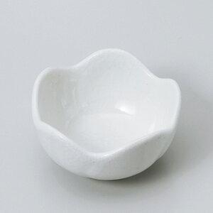 和食器 志野梅型珍味 小鉢 ボウル カフェ 食器 陶器 おうち おしゃれ プチ ミニ 日本製
