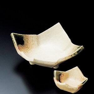 和食器 伊賀織部タタラ 三ッ足刺身鉢 15×15×7cm うつわ 陶器 おしゃれ おうち