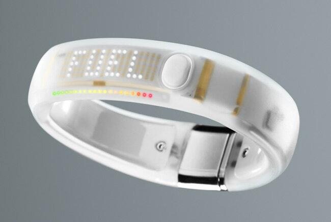 【アウトレット未使用品特価】 Nike+ Fuelband ナイキプラス フューエルバンド ホワイトアイス Mサイズ
