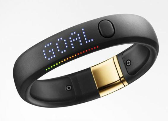 【アウトレット未使用品特価】】Nike+ Fuelband SE ナイキプラス フューエルバンドSE ゴールド Sサイズ