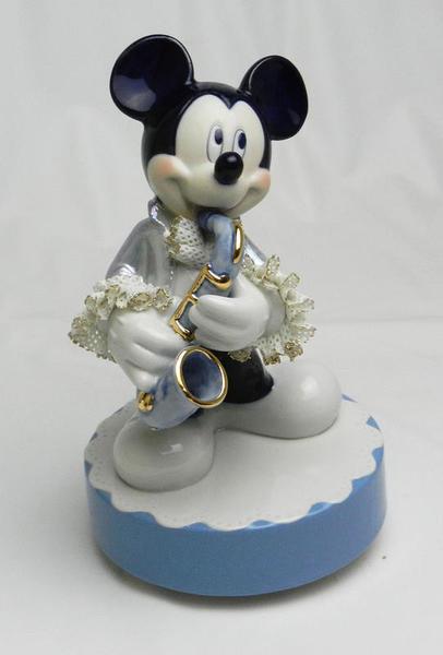 【ディズニー/ミッキーマウス】【陶器/オルゴール/インテリア/レースドール】ディズニー ミッキーマウス サックス(ブルー) レースドール オルゴール
