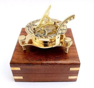 サンデルコンパスと ハンドクラフト製 木製ボックス付き置物彫像 木箱大きさ 約10cm/ 記念品 誕生日お祝いプレゼント贈り物 (輸入品)