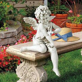 穏やかな 蝶々と遊ぶ 天使(エンジェル) ガーデン彫像 彫刻/ Peaceful Presence Angel Sitter Garden Statue(輸入品