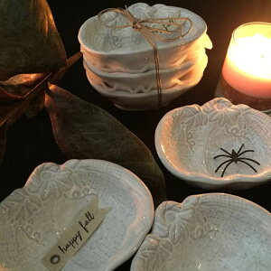 ハロウィン必須アイテムかぼちゃのキッチンツール♪Mud Pie 小物入れにもマッドパイアクセサリー入れ皿ホワイト陶器ニューヨークレディース ポイント消化 お誕生日 プレゼント クリスマ