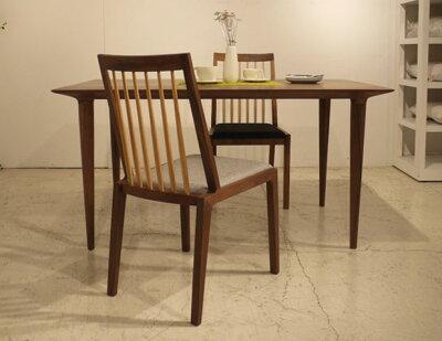 ・og・フットダイニングテーブル160・北欧ミッドセンチュリーモダンデザイン・オーガニックレトロモダンスタイル・ウォールナット無垢ダイニングテーブル・木製テーブル、食卓