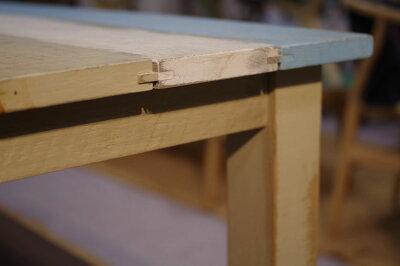 ・ヒーター付き・アンティ−クエイジング塗装・Madeinjapan日本製国産品・レトロデザイン・タモ無垢ハギ
