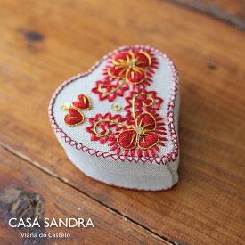 CASA SANDRA スパンコール ハート布箱 クラフト小物入 レッド ポルトガル製 アクセサリー コスメ 収納 Box かわいい おしゃれ レトロ 母の日 誕生日 女子 プレゼント Roots