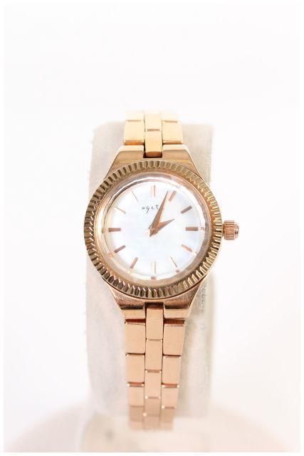 【1月12日に再値下げ!】アガットagete ダイヤ付き腕時計[LWWO40969]【中古】【2点以上同時購入or5400円以上のご購入で送料無料】