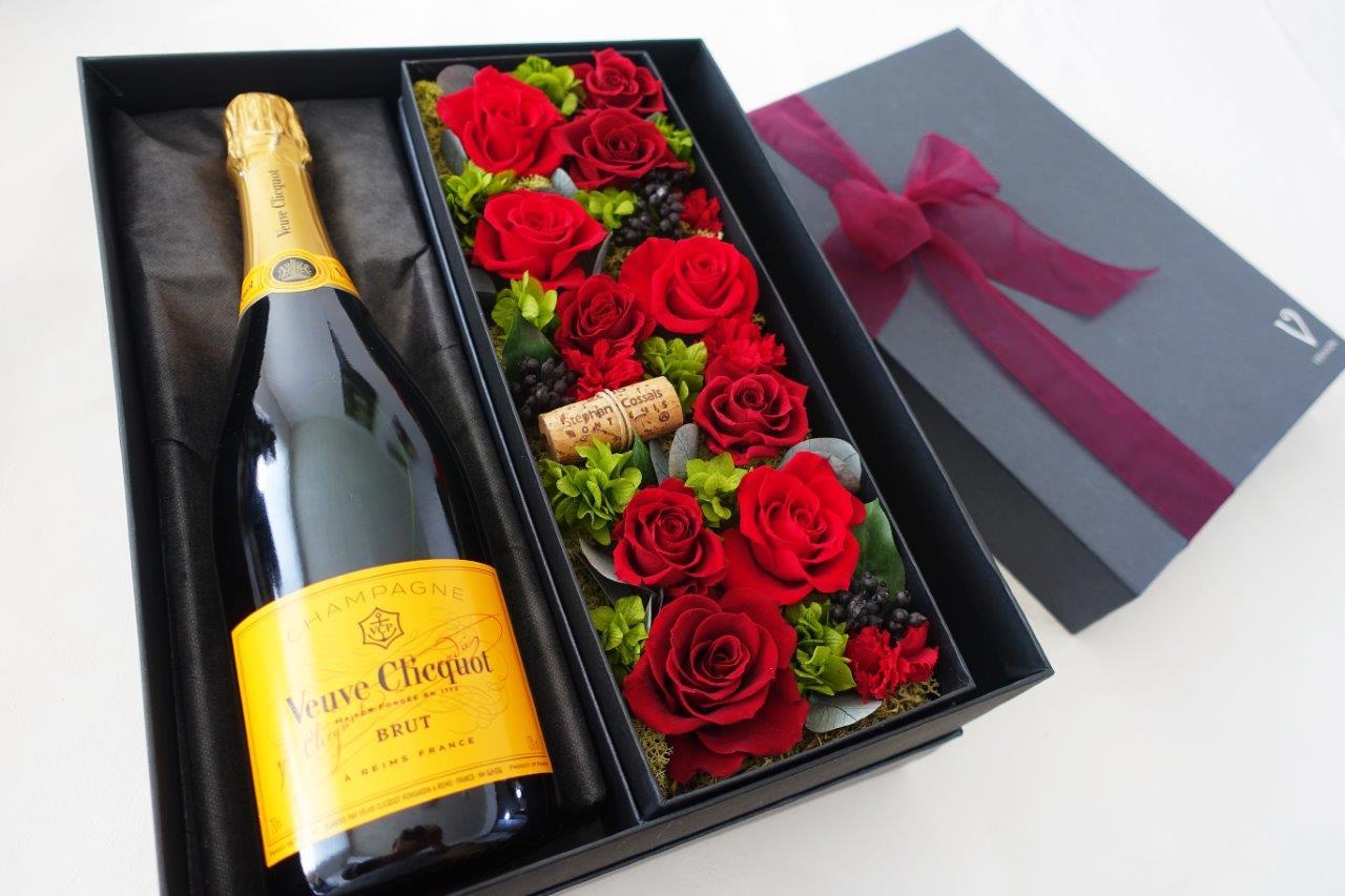 【ヴーヴ・クリコ イエローラベル ブリュット】【赤い薔薇 プリザーブドフラワー】シャンパン・ワイン ギフト・花・フラワー・プレゼント・贈り物・記念日・結婚祝い・プリザ・母の日・還暦祝い・お中元