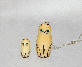 ネックレス 白猫(木肌)【マトリョーシカ】