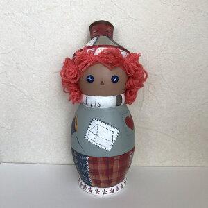 Rika-BE帽子をかぶった「ボタンアイ」ピンクッション針山 18cm 【マトリョーシカ】