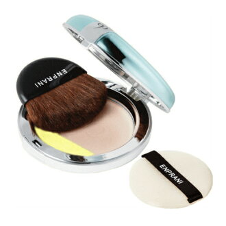 """In Korea cosmetics brand """"エンプラニ"""" of the extreme popularity! While ミネラルパクト which combined a fair skin ingredient luxuriously makes it, take care of you; newly sense powder ENPRANI エンプラニオールザット BB アクアモイスティミネラルパクト EX version (with a puff brush)!"""