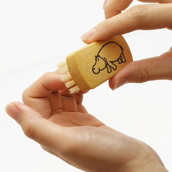 【ゆうパケット可】BUERSTENFABRIK KELLER社動物柄ネイルブラシ(豚毛)サイズ:W5.8×D2.8×H2.5cm