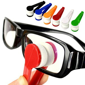 送料無料 ( 規格内 )【5個セット】メガネクリーナー トングでレンズを挟んで簡単お掃除♪ コンパクト【 メガネ拭き 眼鏡拭き 眼鏡用 パフ サングラス 旅行 出張 かわいい 便利 】 送料込 ◇