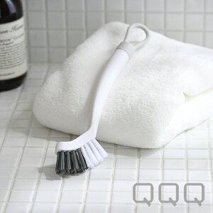 【LINEでクーポン】 「QQQ2 ポイントブラシ」【浴室 掃除 バス ブラシ フック 収納 ピンポイント シンプル ホワイト おしゃれ】
