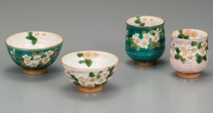 茶碗 湯呑 夫婦セット 九谷焼 夫婦揃 (青良窯) こでまり 送料無料 ap4-0610