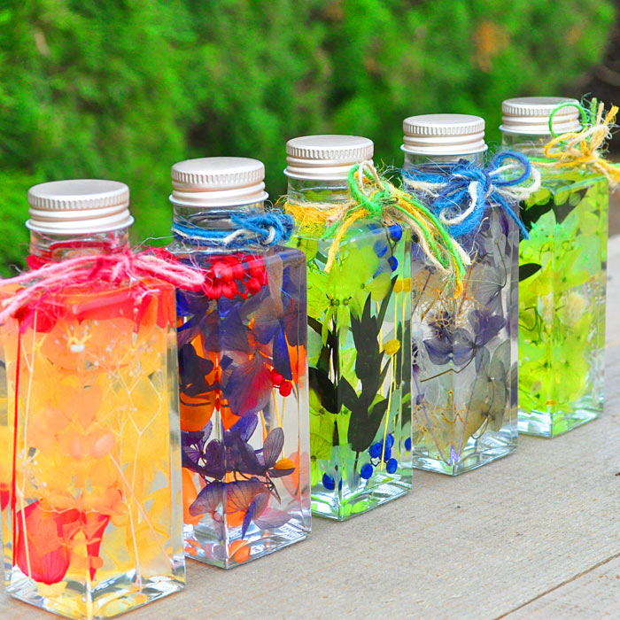 専門店のハーバリウム 角瓶Sサイズ4×4×12.5cm さいじょう緑花