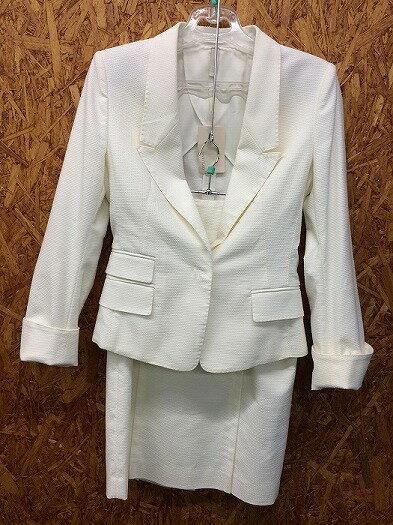 UNTITLED アンタイトル セットアップスーツ ホワイト系 表記サイズ:2 [wa][GJ]【ir】 【ladies】【apparel】【未使用】