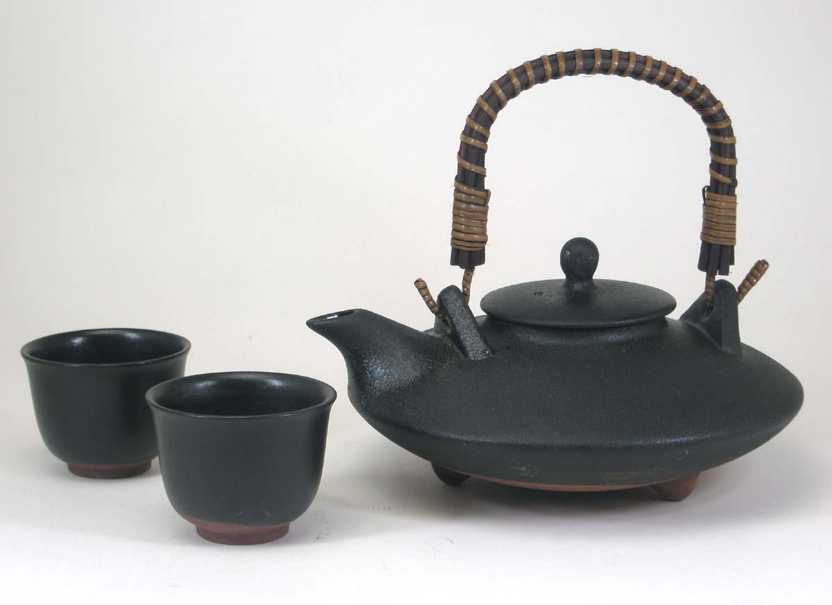 黒千代香セット(耐熱黒釉焼酎燗瓶)2客ツル付き