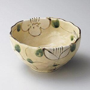 18cm 山茶花 深鉢 煮物鉢17.8x9cm 和え物 お浸し お惣菜 炊きもの 煮物 お漬物 おばんざいの盛り付けに日本製 国産陶器