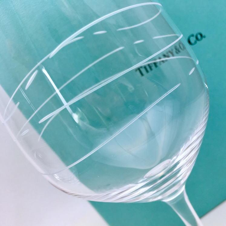 結婚祝い ペア 名入れ ティファニー Tiffany&Co. カデンツ ワイン グラスセット 結婚祝い 贈り物 プレゼント 記念品 退職祝い 引越し祝い 名入れギフト 名入れ無料 内祝い ギフトセット おしゃれ ワイン お酒 ブランド 友達 友人 同僚 シャンパングラス ワイングラス