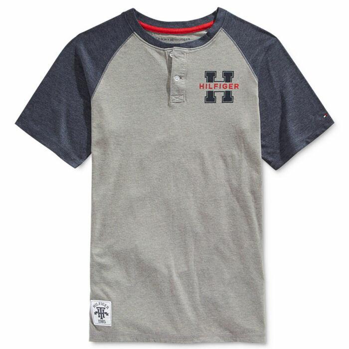 Tommy Hilfiger(トミーヒルフィガー) Hロゴラグラン半袖ヘンリーネックTシャツ(Gray)