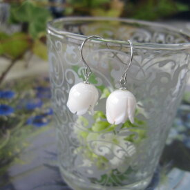白珊瑚バラの蕾のフックピアス/SILVER/【ネコポス送料無料】