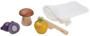PLANTOYS 1762 ベジーセットデザインと品質に優れた 環境に優しい 木のおもちゃナイフ、バッグと3種の野菜(ピーマン、マッシュルーム、エシャロット)のセット商品サイズ:5.5 x 10.5 x 19.0cm対象性