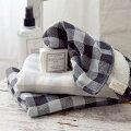 まとめ買いにピッタリ!おしゃれで安いハンドタオル、大人女子向けデザインでイチオシはどれですか?