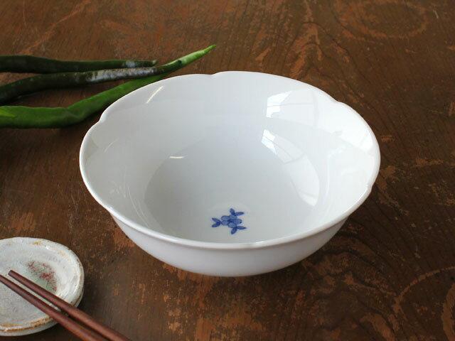 藍小花花型ボウル14.5cm(花の柄の違いあり)