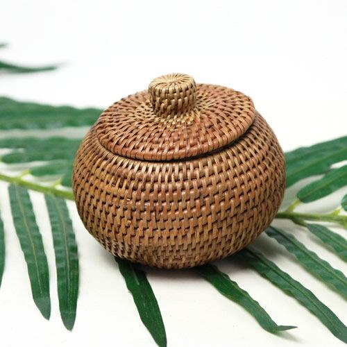 アタで編まれた持ち手が付いたボールみたいなデコレーションケース【メール便NG】アジアン エスニック バリ バリ島 小物入れ