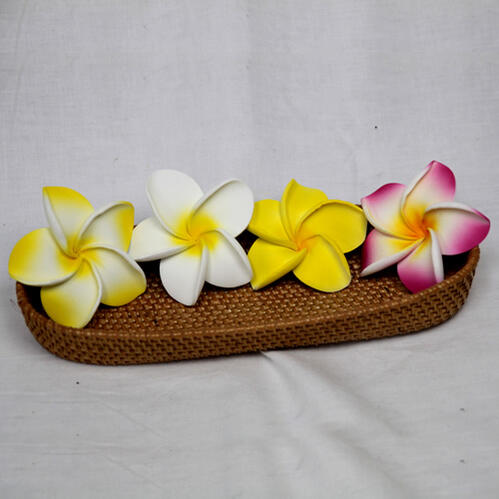 スポンジプルメリア(サイズM)【メール便OK190円】お部屋に飾るだけでアジアンリゾート。スポンジ素材でふんわり柔らか♪手の平サイズの可愛い造花。,sarara